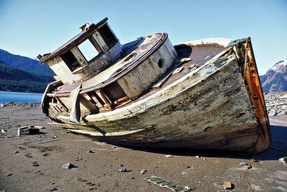16523729.Oldboat
